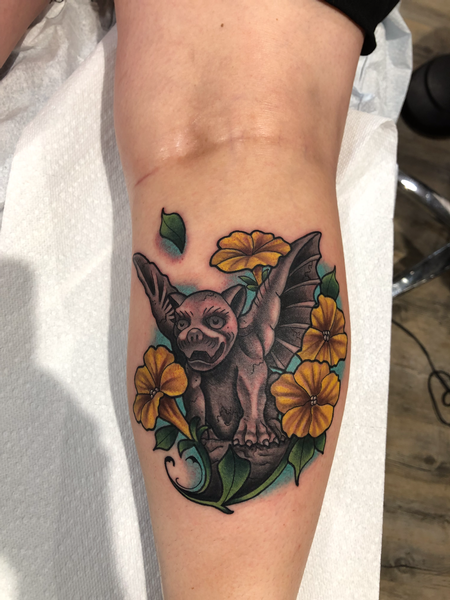 Tattoos - Gargoyle with flowers - 139649