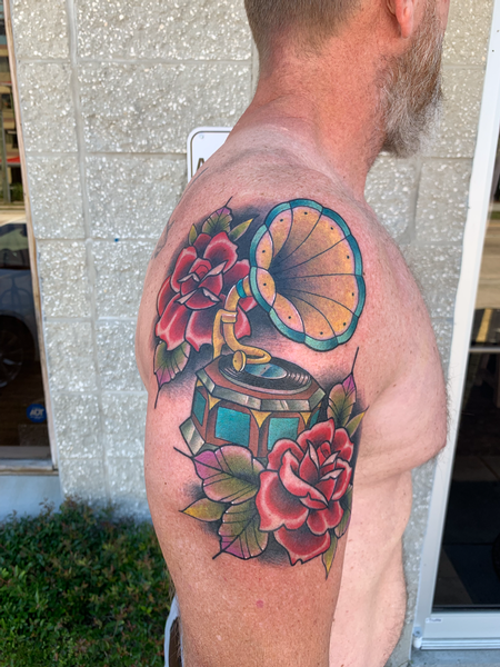 Tattoos - Gramophone and Roses - 139735
