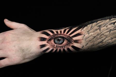 Yoni - Eye